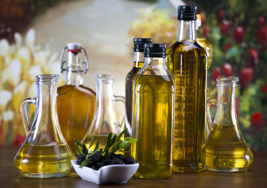 "9. Olive oil: Extra light olive oil isn't ""light"" like the light we talk about when we're cutting back fats. Extra light refers to how processed the oil is, and extra light olive oil is one of the most refined olive oils you'll find -- olive oil is still oil and 1 tbs contains 120 calories."