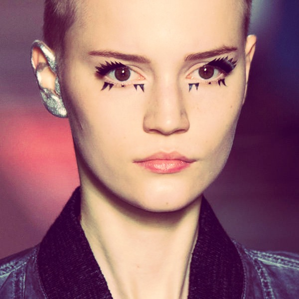 Eyeliner Trend #1 (Mostly in Fashion Shows)