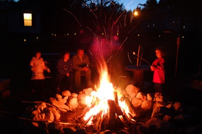 4.) have a bonfire with the family! Sit and roast marshmallows and hotdogs and chat and have fun!