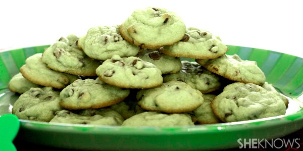 Www.zestysouthindiankitchen.com/2014/03/green-chocolate-chip-cookies-St-Patrick-day.html
