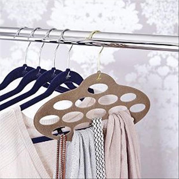 Nonslip Scarf Hanger