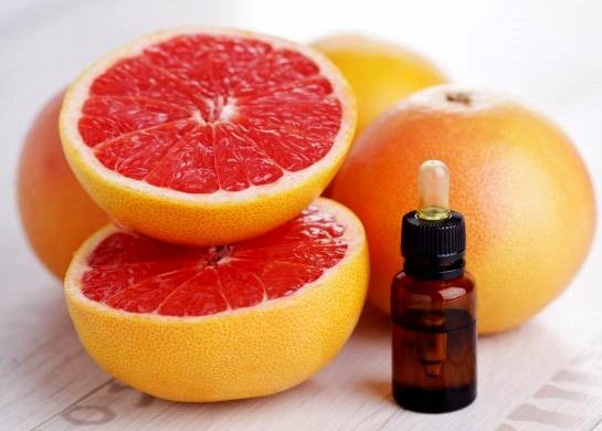 Grapefruit Essential Oilis one of the major oils people suggest for cellulite due to its high amounts of the anti-inflammatory enzymebromelain, which can help break down the fatty buildupof cellulite and help flush out those toxins.