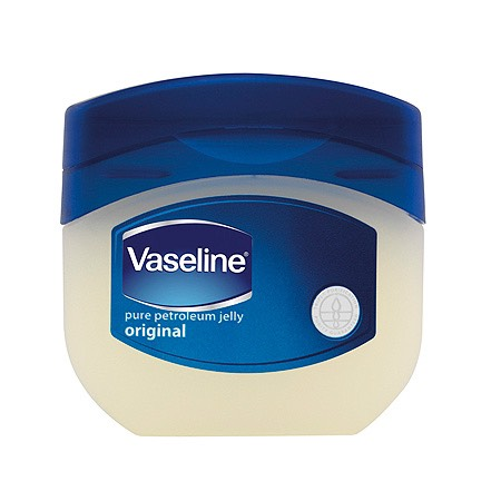 Step 1: Put a dab of Vaseline or petroleum jelly on your eyelashes