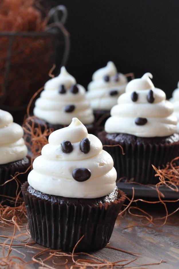 11. Ghostly Spirit Cupcakes