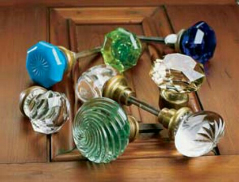 going to add these great salvation army and thrift store knobs to the top for hanging out scarfs and coats during the winter can't wait for it to be done had to post it 🔨