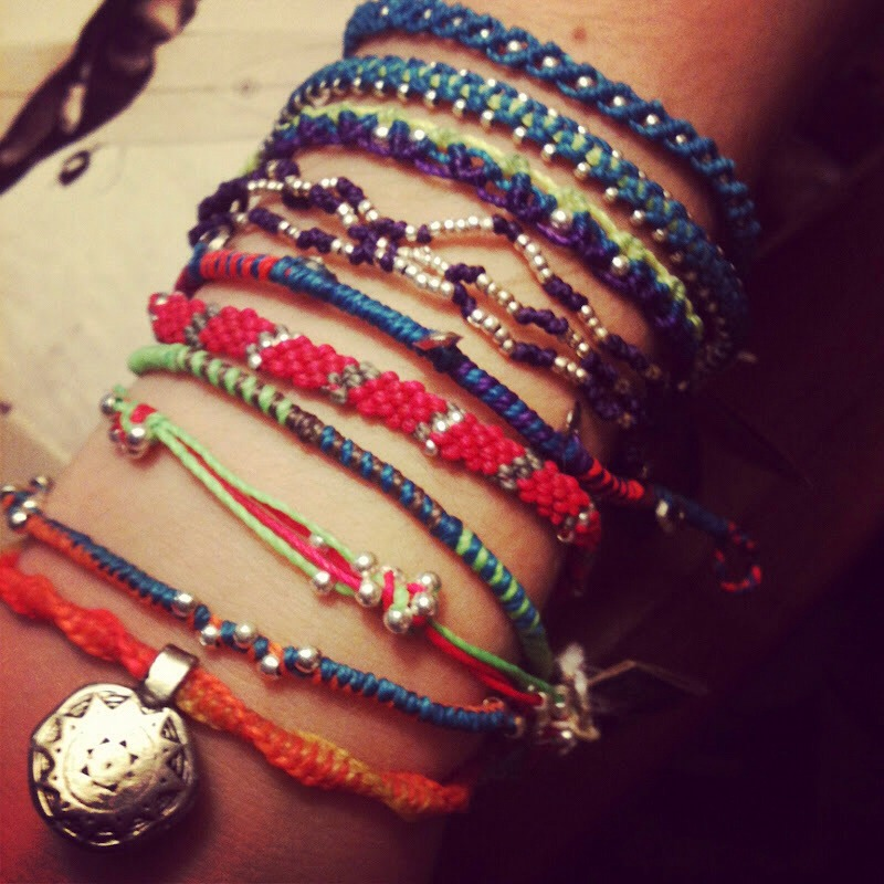 Have you seen these cuties in your fav fashion magazines or on your super trendy friend? Turns out they are equally as 'good' as they are cute. 'Wakami' bracelets are woven in rural Guatemala by local artisans.  Check out www.WakamiUSA.com