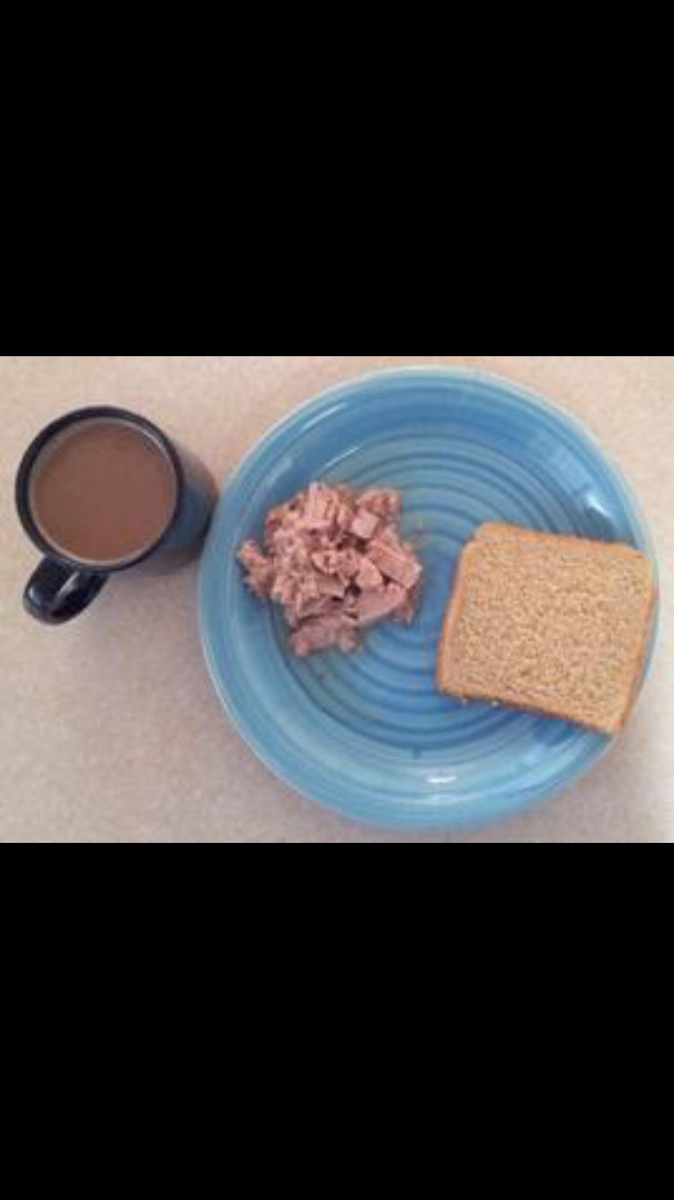 1/2) cup of tuna (89 calories)     (1) slice of toast (67 calories)     coffee or tea (should use caffeinated)