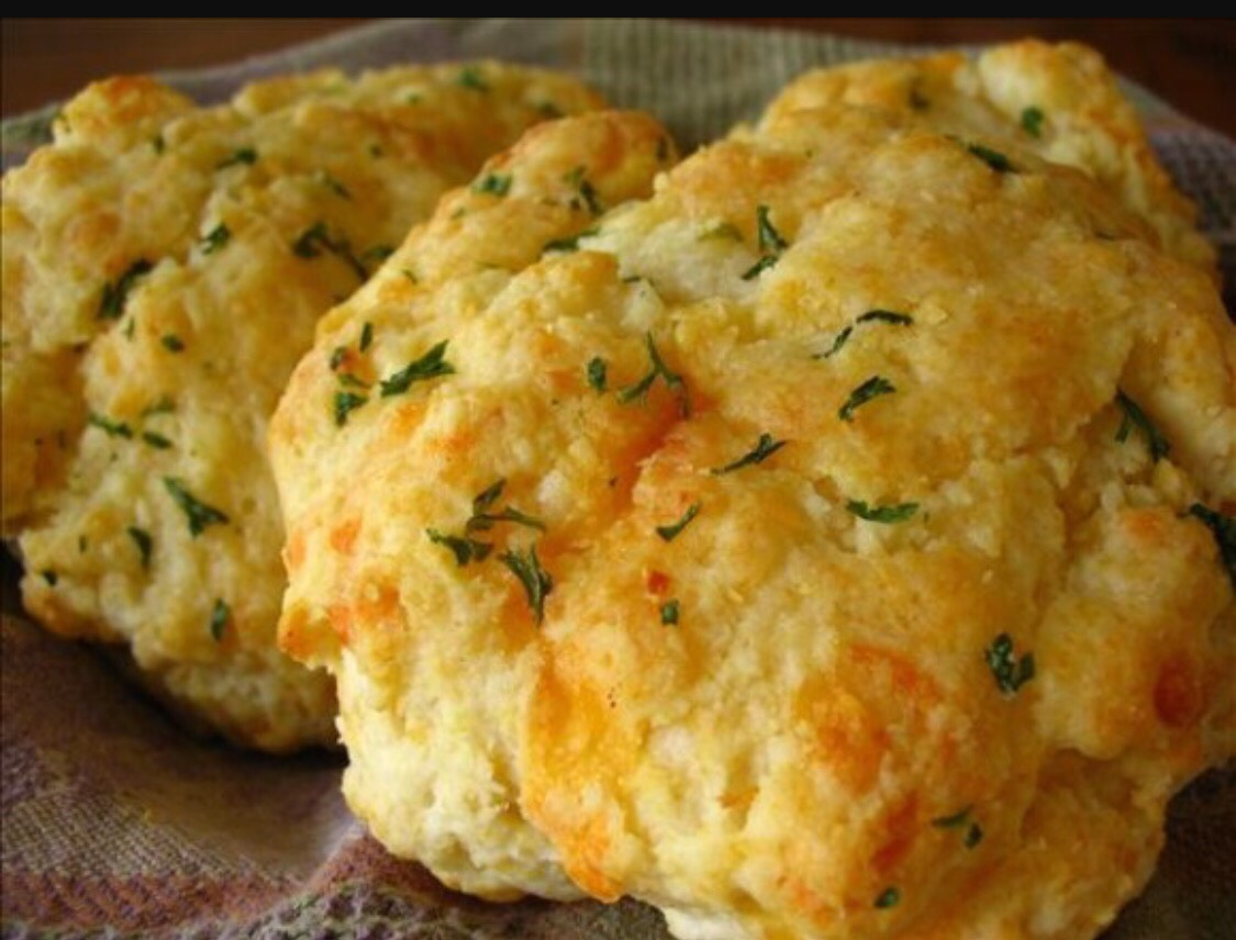 Yum! Delicious Cheddar Bay Biscuits!!!