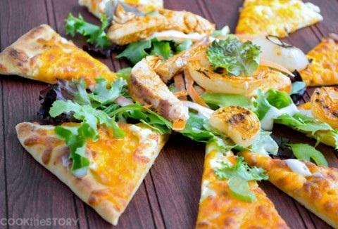 10. Flatbread Salad with Buffalo Chicken and Grilled Vidalia Onions