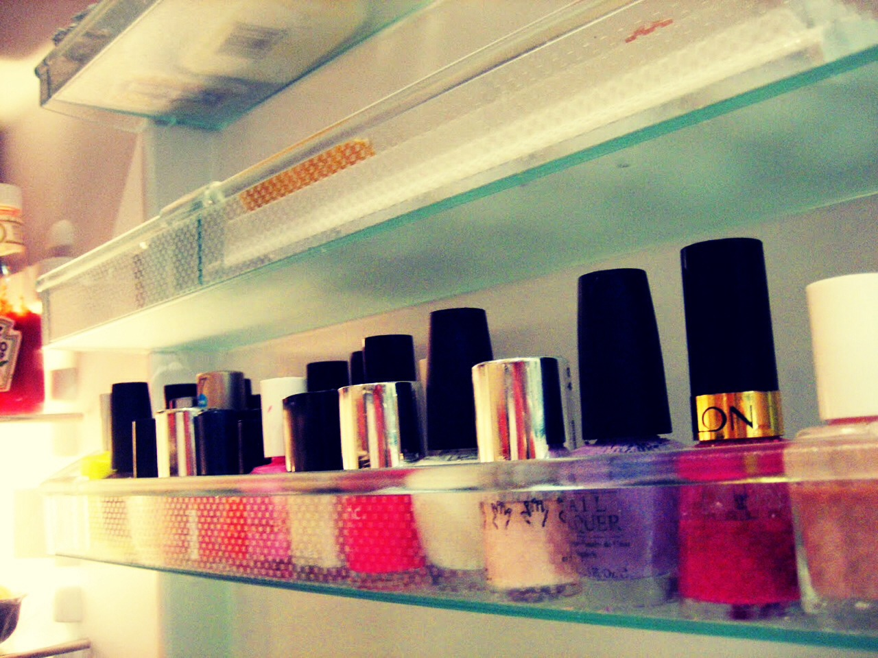 Put nail varnish in the fridge to keep the texture smooth and prevent them from drying out