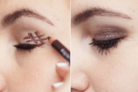 """The foolproof smoky eye  Create a smoky eye in two steps with this Easy idea. Use an eyeliner pencil or smudge stick To draw a hashtag or """"#"""" sing on The outer corner Of your eyelid And then blend."""