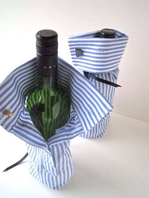 --> Take an old shirt, and make it as wine sleeve.