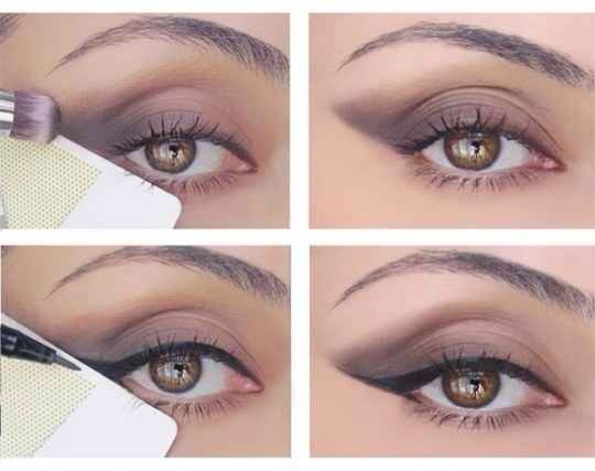 Use a credit card to make the perff cat eye :)