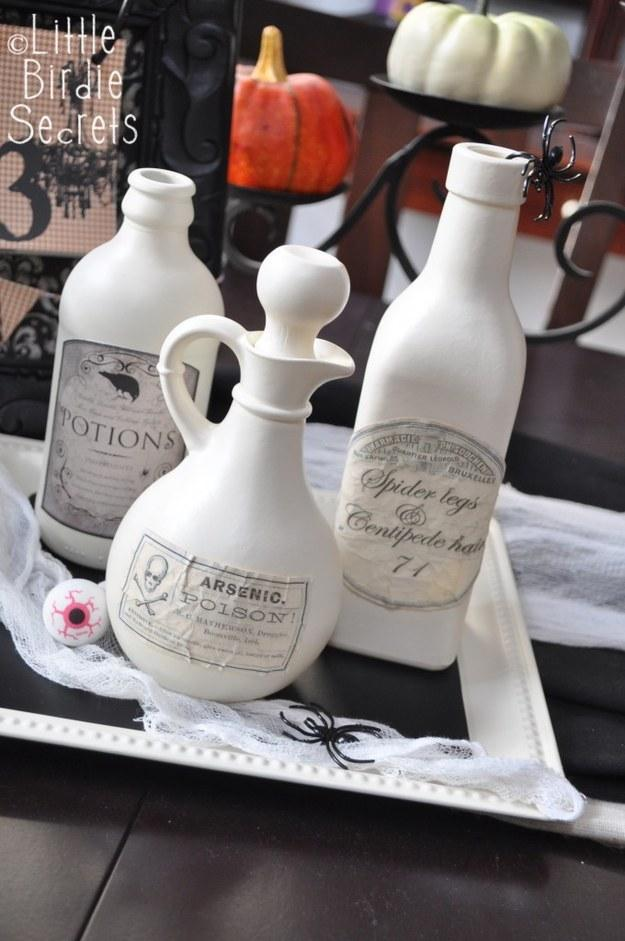 Use tea bags to age your printable potion labels
