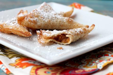 http://www.babble.com/best-recipes/pumpkin-pie-wontons/