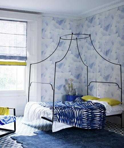 High Design Picking a wallpaper to cover an entire room is a commitment and an investment. Keep the rest of the room grounded by sticking with the same palette and choosing furniture in modern, minimalist styles.