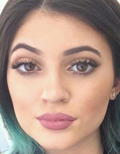 She also has long luscious lashes which can be achieved by putting petroleum jelly on your lashes every night. Or investing in false lashes. Or using an amazing mascara that will give you length like………