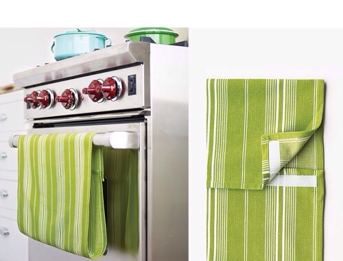 Attach a strip of velcro to your tea towel, loop over your oven door handle and join the ends – voila, a non-slip dish towel!