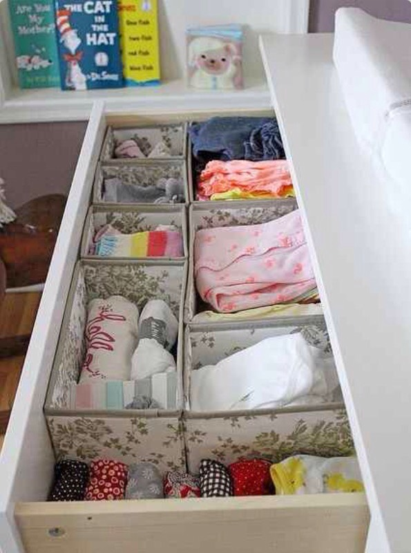 Use Skubb boxes to organize baby clothes for a nursery! All those tiny clothing items can get mixed up real fast! 👶🏻🎀