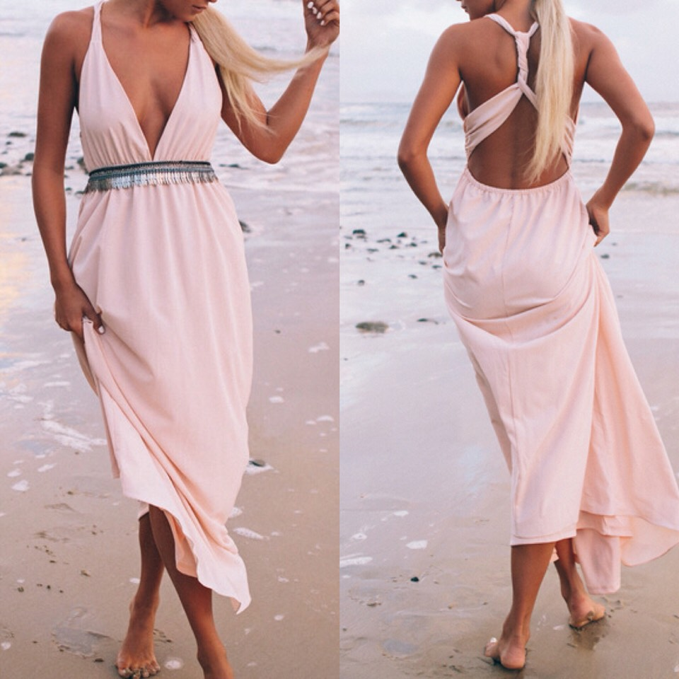 $15.89 http://m.romwe.com/Pink-Beachy-V-Neck-Cross-Back-Camisole-Maxi-Dress-p-148686-cat-724.html