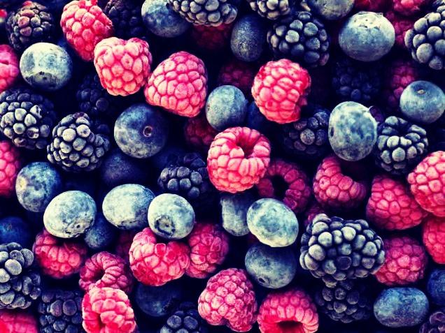 Next add some frozen berrys