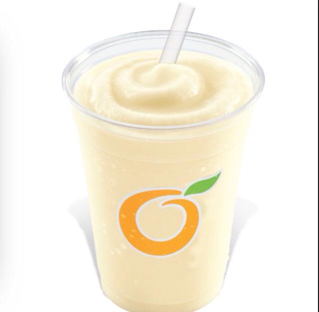 DQ's piña colada light smoothie