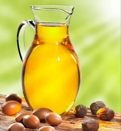 As an alternative to removers that contain alcohol and astringents, try pure Argan Oil. We use Morrocan oil marketed to add moisture, sheen and luster to your hair...probably pretty awesome on your lashes? Yup