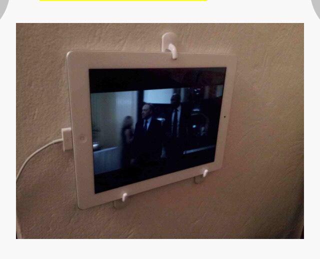 Three adhesive wall hooks= table mount