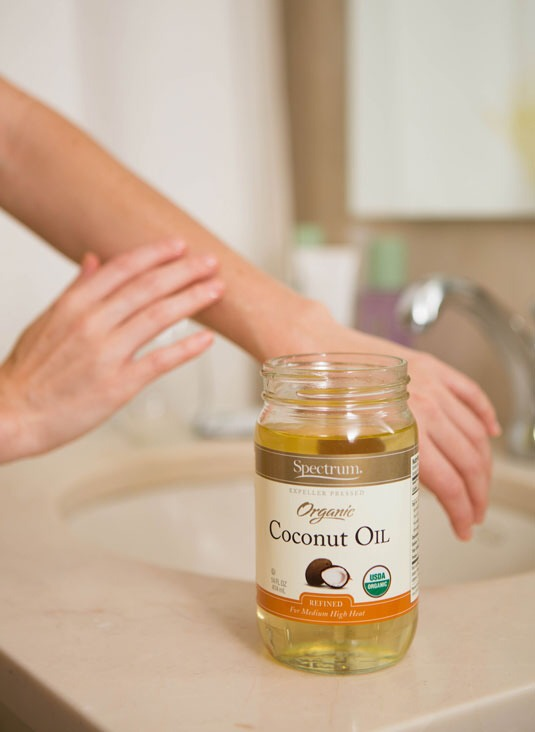Coconut oil is the best moisturizer. Easy and organic. Thanks to the fatty acids it contains, your skin will feel instantly smoother after you slather it on.