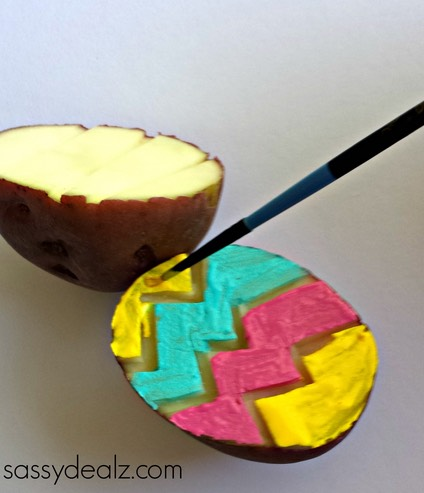 Step 3: paint the potato with a small paint brush to do different colors