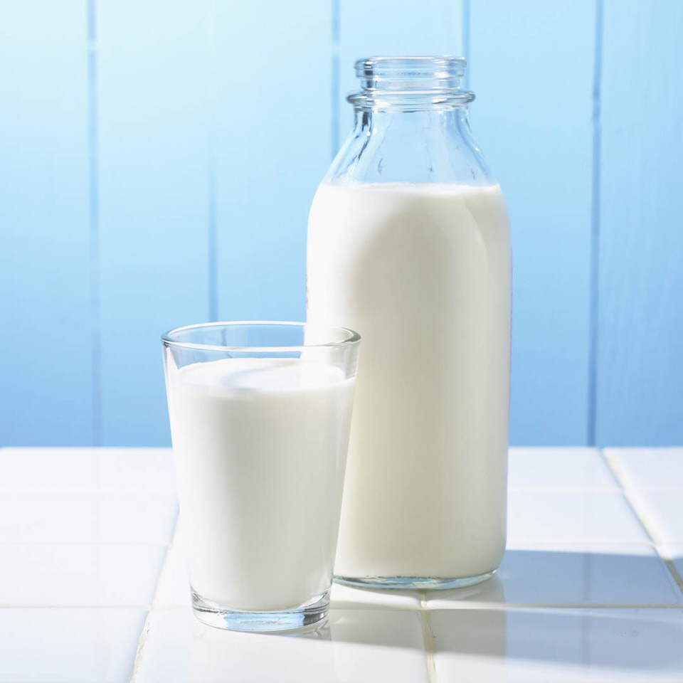 2 glasses of milk will help keep your skin supple, soft, and glowing.