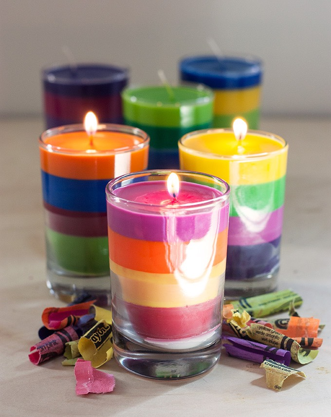 Don't have any awesome candles for your bomb spa day? I got you!  NEEDS:  - Crayons  - Scented oil (if desired) - Small glass cups (old shot glasses work perfectly) - Candle wick or hemp string Separate crayon colors and melt each color. Put wick in and slowly add wax.