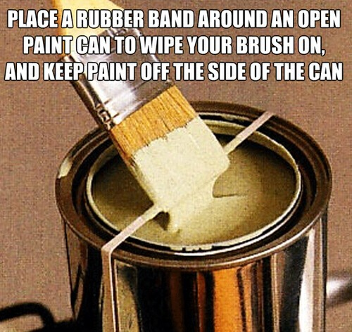 Don't you hate it when the paint runs down the tin and gets all over your hands when you pick it up! Use this simple hack to prevent all the mess!