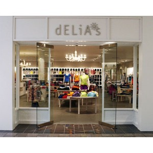 Delias is kinda expensive like Tillys but great store
