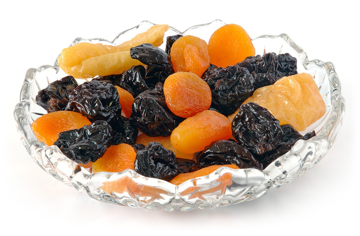 Eating dried fruit or