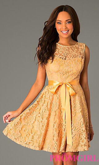 Gold A-Line Lace w/ Satin Bow