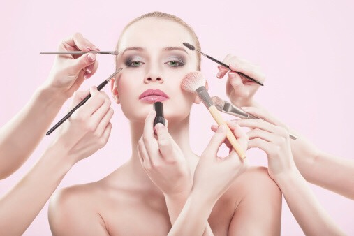 Do people's makeup.