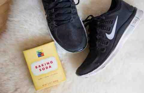 9. Pour a little bit of baking soda in your sneakers after a workout to soak up the sweat and eliminate odor.