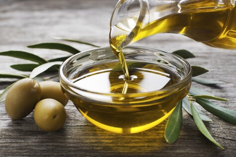 Use olive oil! This ingredient has almost COUNTLESSbenefits to skin, hair,and nails.Read the article here:  http://www.healthline.com/health/beauty-skin-care/olive-oil-hair-care