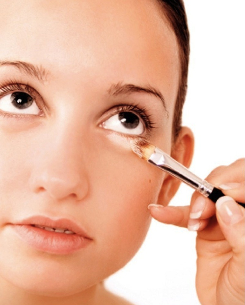 Make your own concealer by mixing translucent powder with liquid foundation. You can also do this if you don't like heavy concealer since this is fairly light.