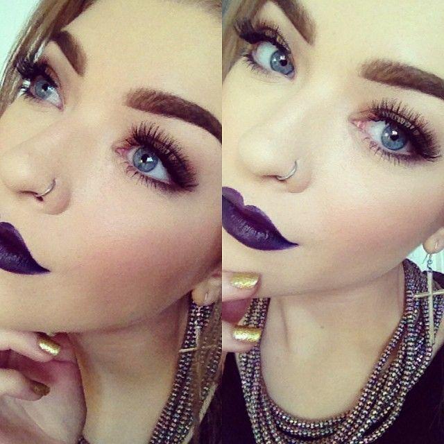 dark purple lips