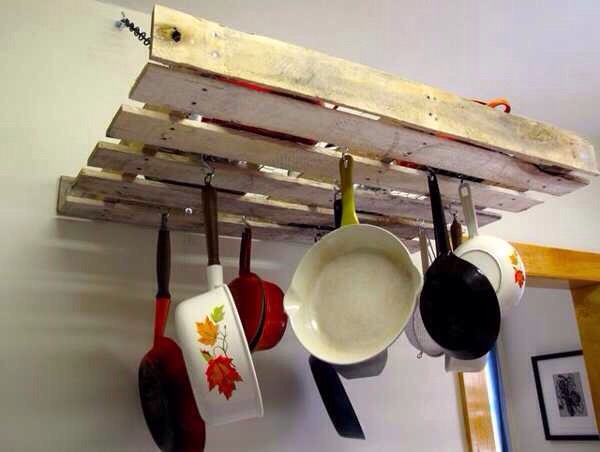 Crate into a pan holder
