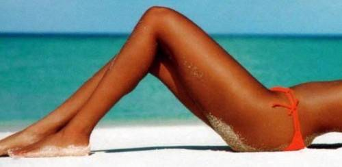 Get the perfect tanned legs with this tip🙈