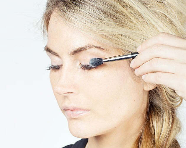 Put concealer on eyelid to get rid of the green veins, etc...