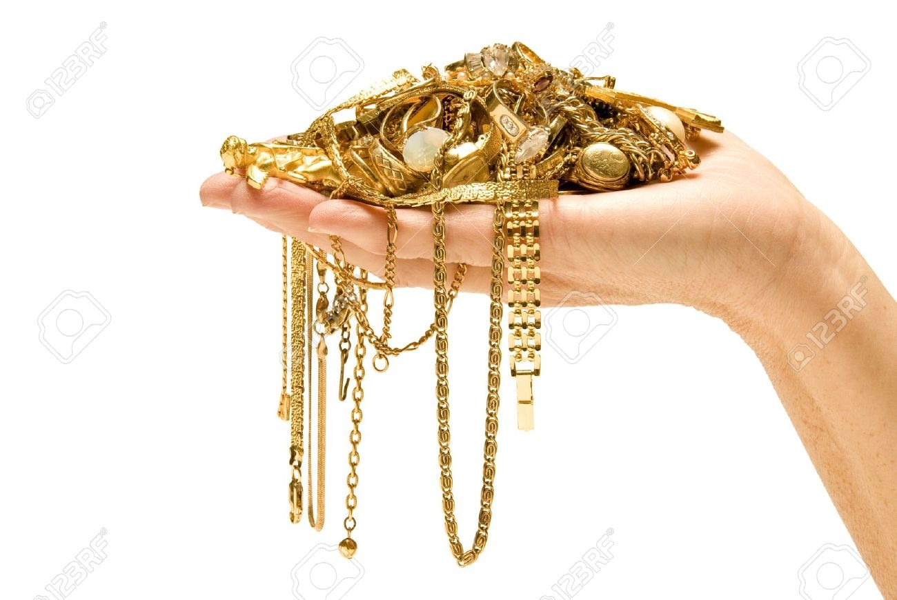 Not only can you put money in the box you can put valuable jewelry.!!