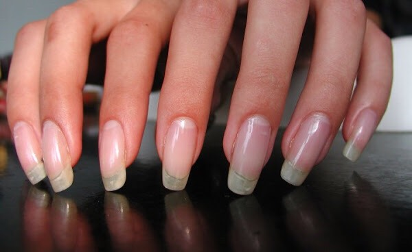 Keep repeating this step and you will have long and healthy nails, just like mine. 💅😍
