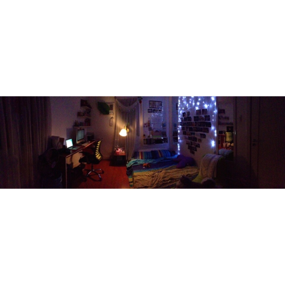 This one was my room. I din't even have a bed frame!! But fairy lights.. Fairy lights make the change. 👌