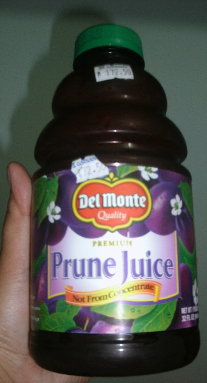 It is suggested to drink one glass of prune juice in the morning, and one glass of prune juice at night to relieve constipation. Prune juice is not a quick acting laxative, so when drinking prune juice keep in mind that it will start working to move your bowels within a few hours.
