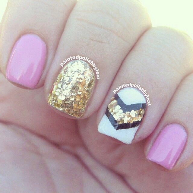 Musely super cute pink white gold navy blue nail design prinsesfo Choice Image