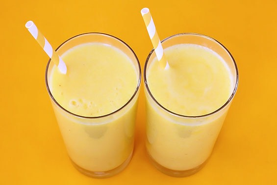 Pineapple smoothie ( again choose the portion size yourself) Pineapple or pineapple juice Mango and orange juice  Mango Ice Mango yoghurt